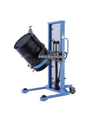 Der Fassheber nimmt Stahlfässer bis 400 kg Last betriebssicherauf und kann diese zum Entleeren drehen