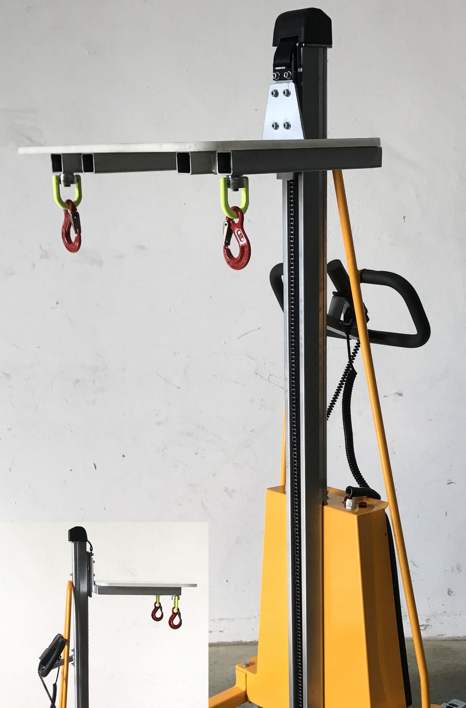 Minilifter (elektrisch) mit Lasthaken für Bienenbeuten und zusätzlicher Plattform #4816