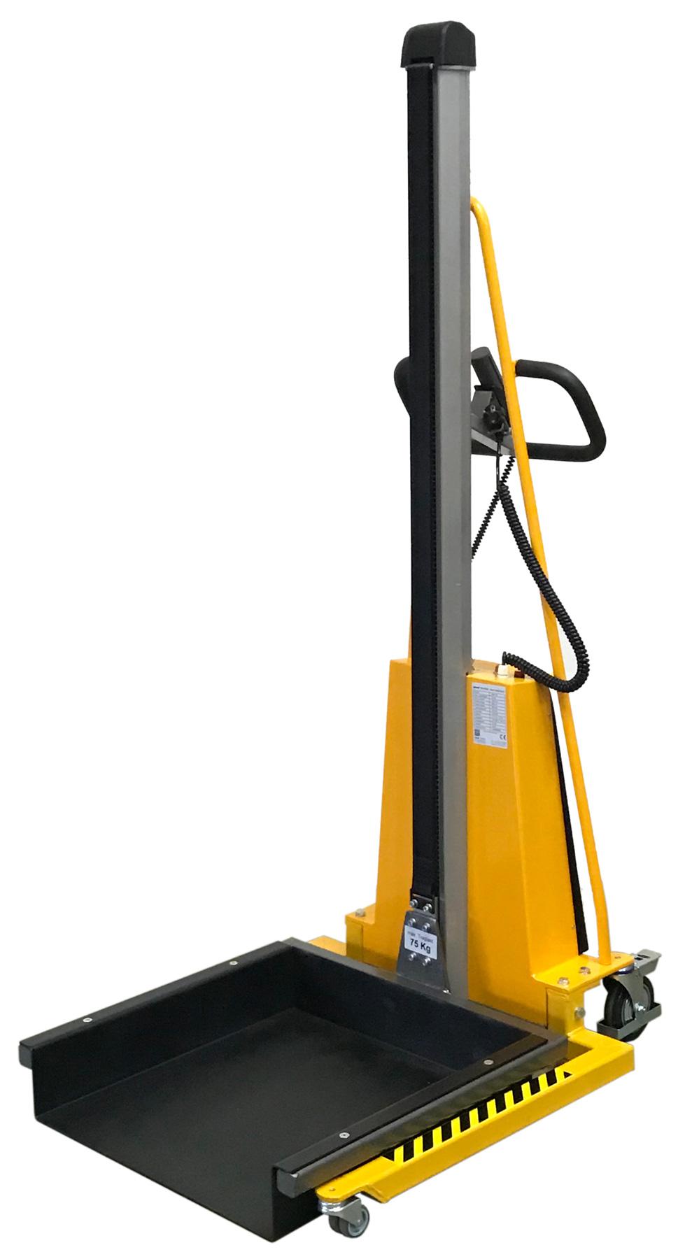 E-Minilifter mit auf dem Boden abgelassener Plattform 600x600mm mit seitlicher Aufkantung, 75kg Rest-Traglast #6403
