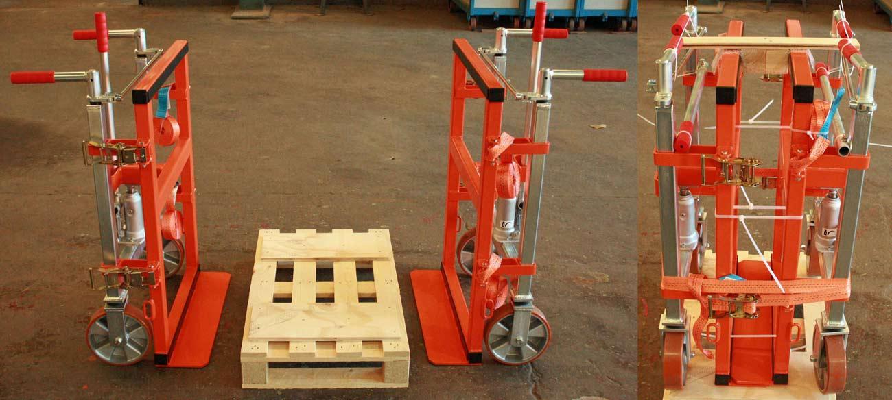 Hydraulik-Hubroller mit 120 mm tiefen Sonderschaufeln, direkt vor Verpackung und Versand in die Schaltschrank-Industrie
