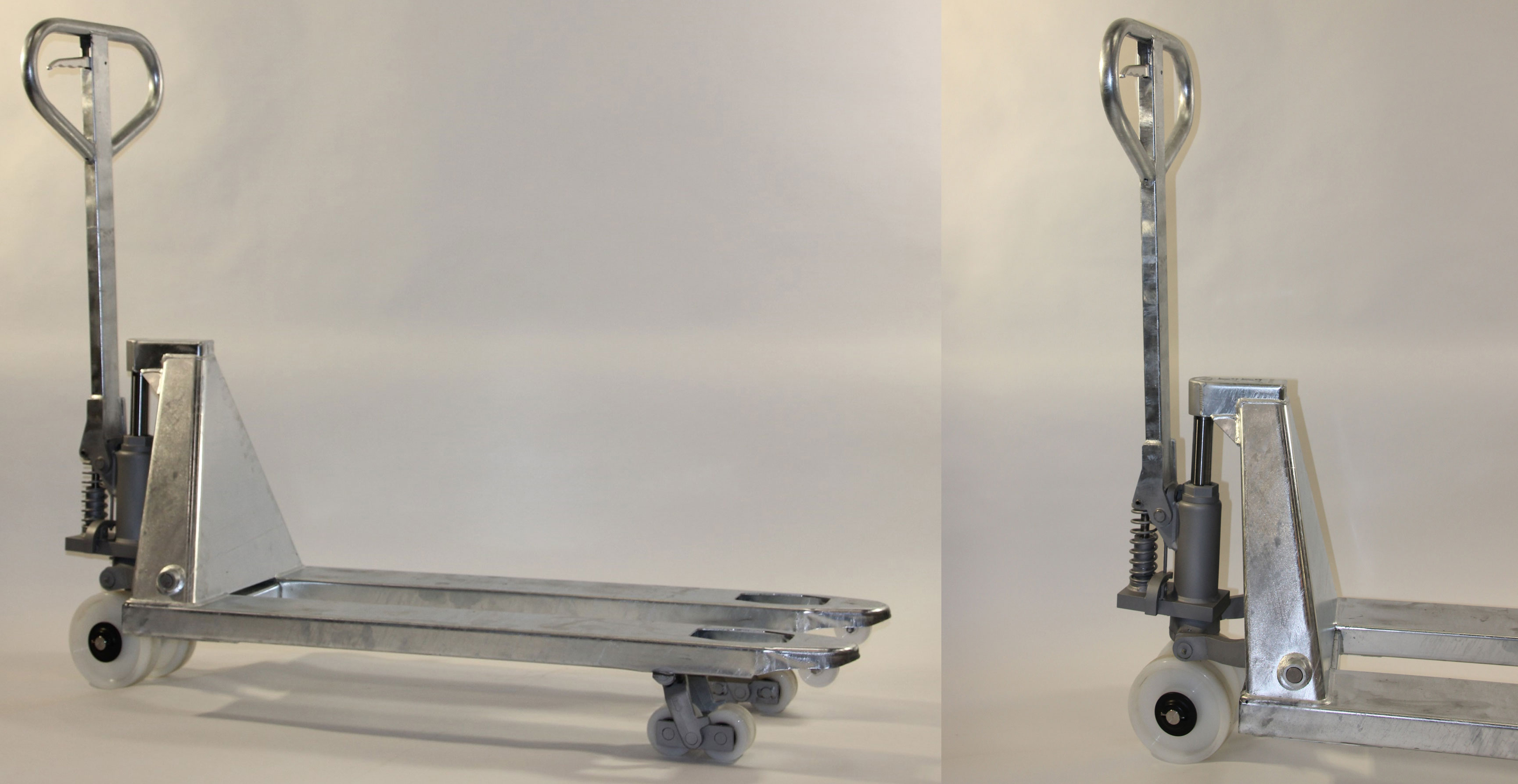 """verzinkter Gabelhubwagen mit 3 Tonnen Flächenlast und """"schlanker"""" Bauart 520 mm Tragbreite außen-außen über die gesamte Länge, Nylonräder. Einsatz in robuster Umgebung zum Umsetzen von Transformatoren etc."""