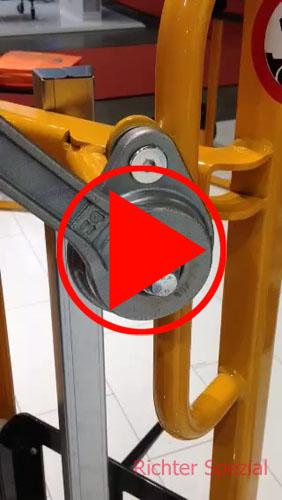 Videobeispiel an Hand einer Hebesackkarre mit Lastdorn und leiser Komfortkurbel