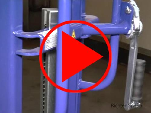 Beispiel-Video einer Hubkarre mit Plattform zur Denmonstrierung der technischen Details