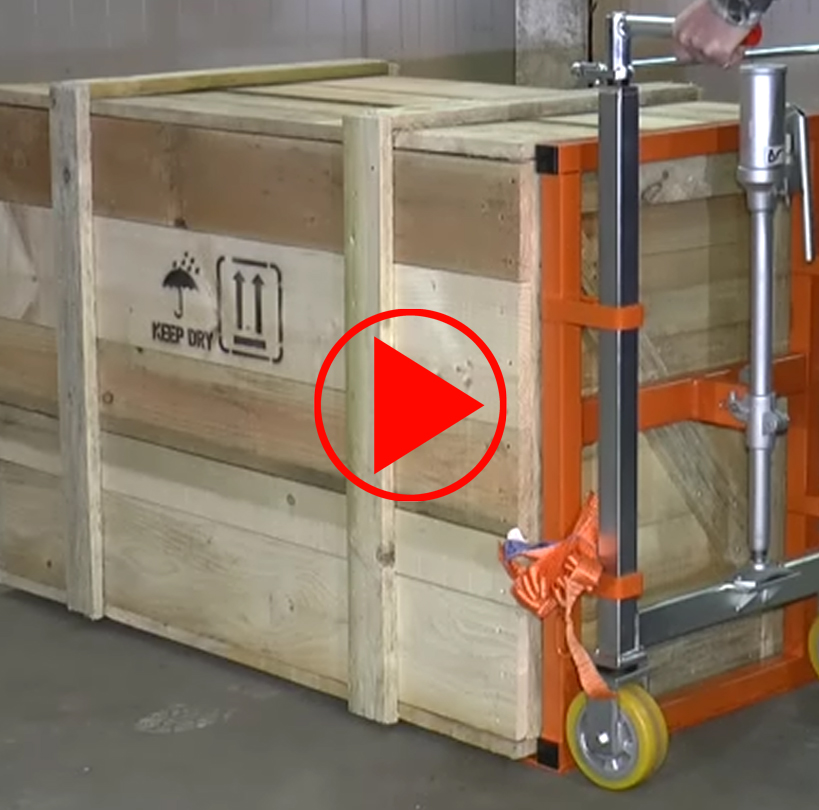 Video für den Schwerlasthubroller mit Ladevorgang: Heben per Hydraulik bis auf 25 cm (dieses Modell hebt bis 100 mm), Ablassen per Schraube