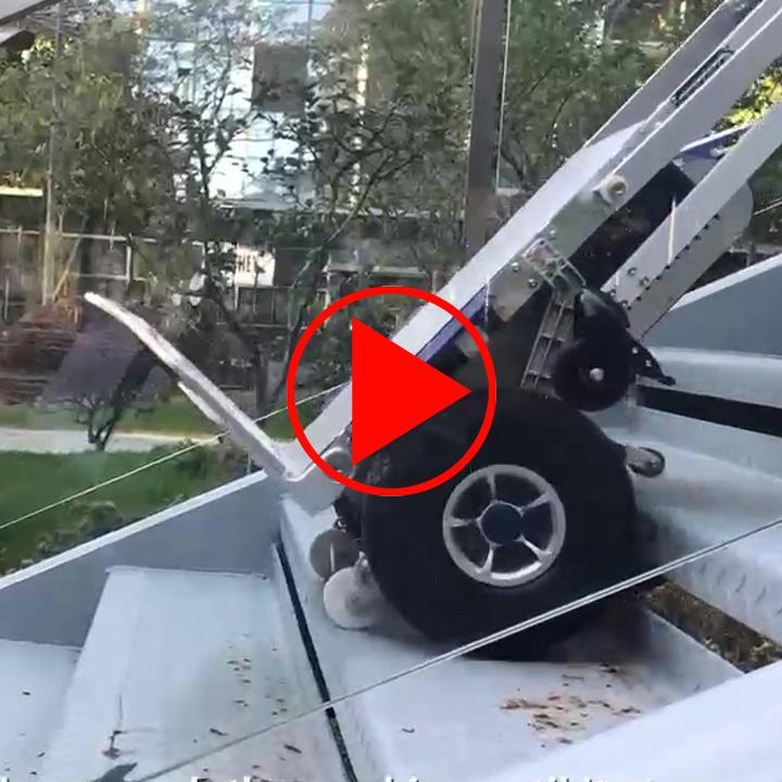 Aufbau und erste Handhabungen des Elektro-Treppensteigers als Video